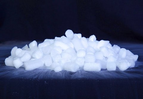 Опыты с сухим льдом